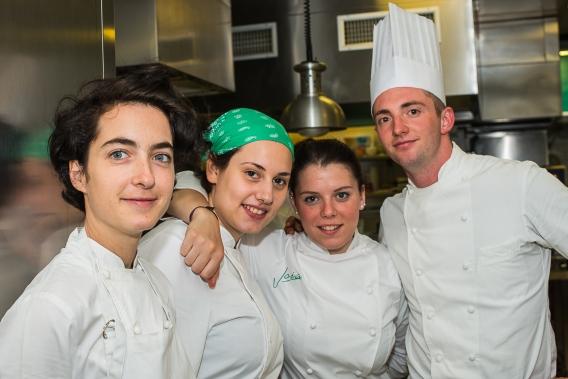 Alberto Quadrio con le collaboratrici del Joia